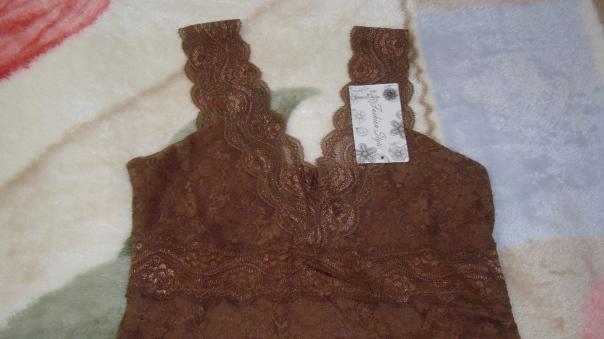 Comprinhas Aliexpress Blusinhas de Renda Marrom